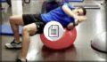 Fútbol en el campo y prevención en el gimnasio